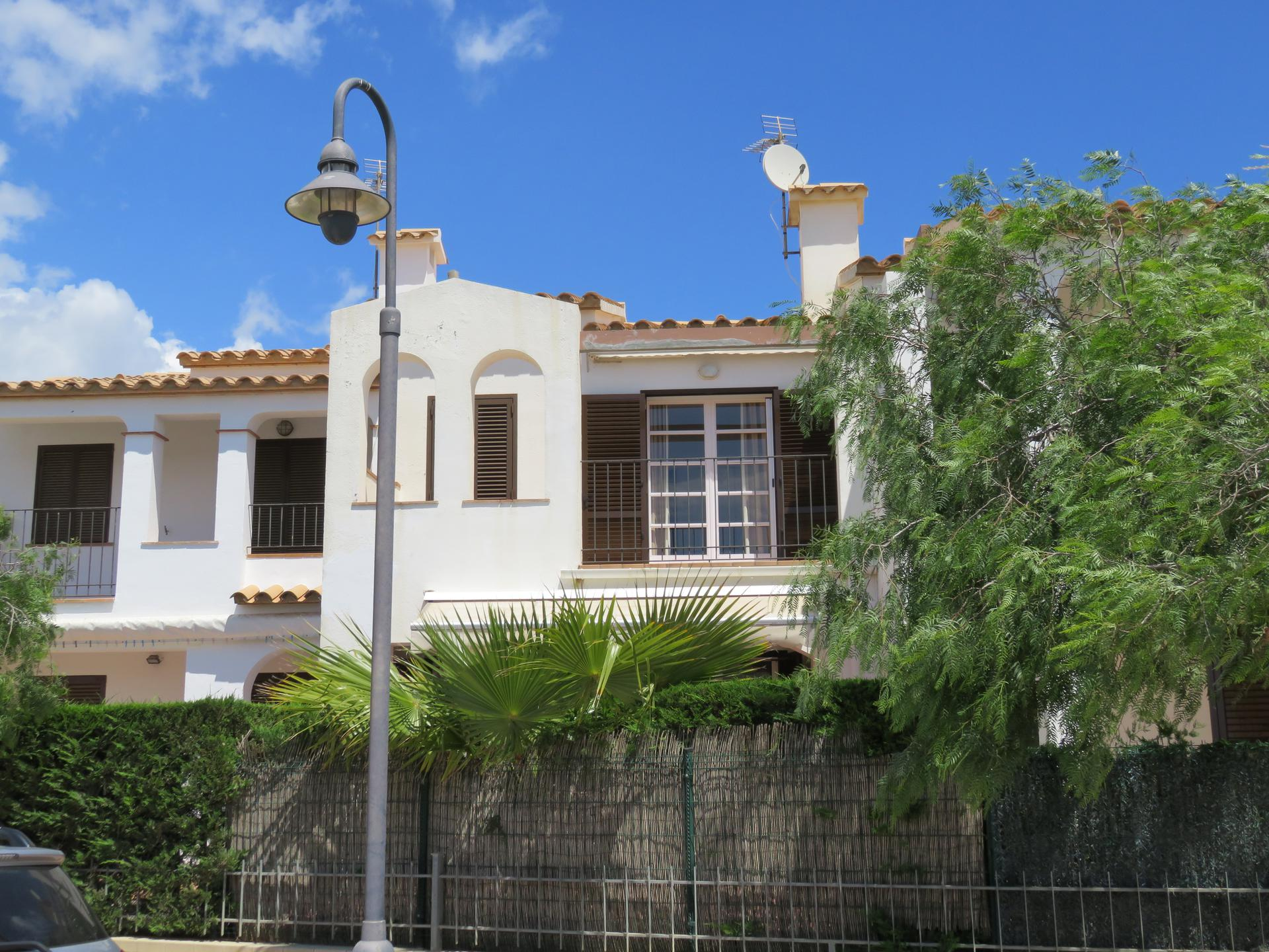 Semidetached house -                                       L´estartit -                                       3 bedrooms -                                       6 persons